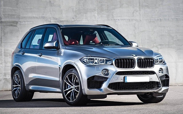 2018 BMW X5 - front