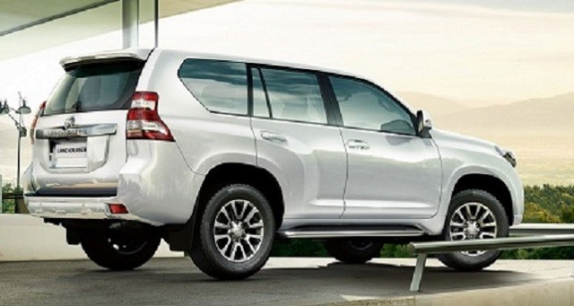 2018 Toyota Land Cruiser - rear