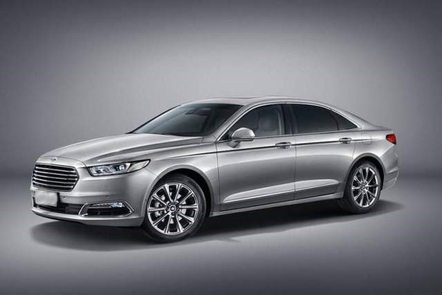 2017 Ford Taurus - front