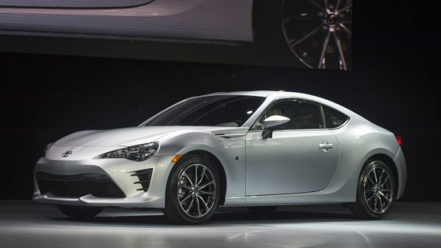 2017 Toyota 86 - front