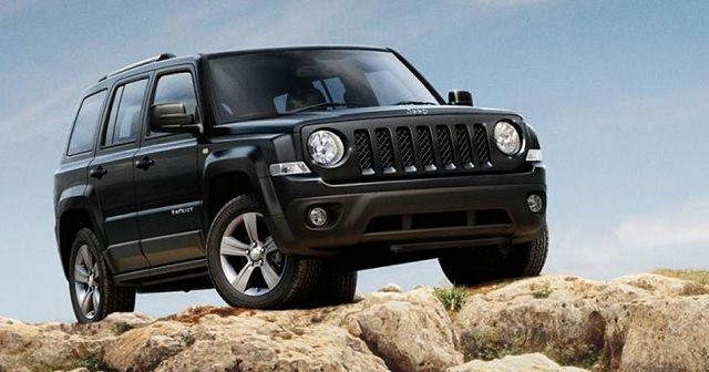 2017 Jeep Patriot - front