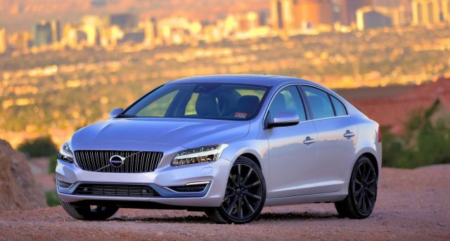 2017 Volvo S60 - front