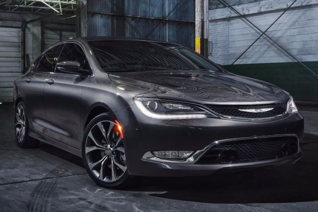 2018 Chrysler 200 - front