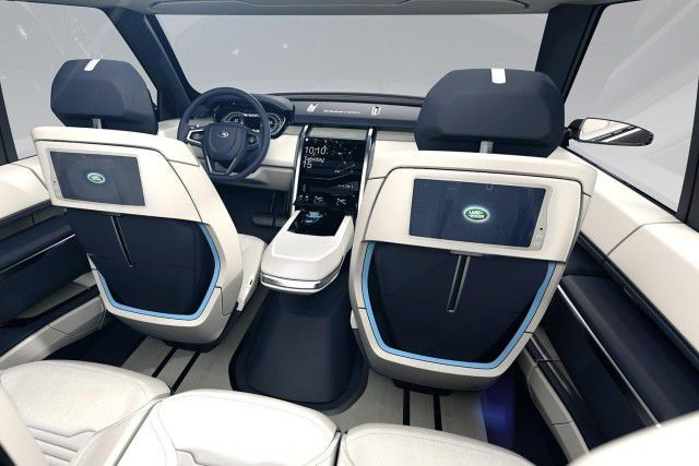 2018 Land Rover LR4 - interior