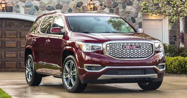 2018 GMC Acadia Denali - rear