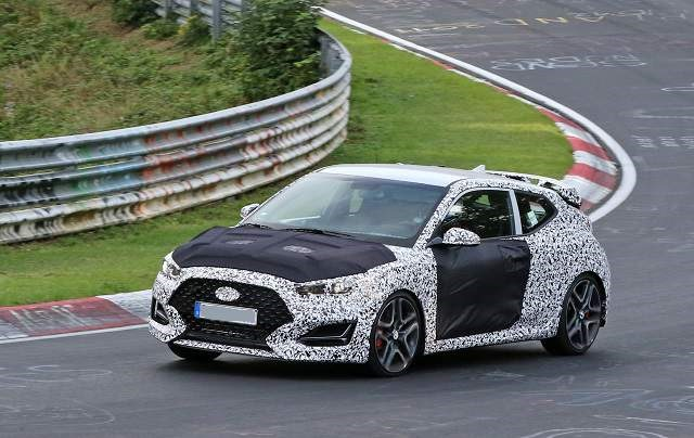 2019 Hyundai Veloster - front